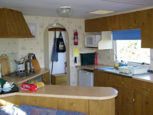 Self catering holiday accommodation Bothy caravan Seaview Fionnphort Mull