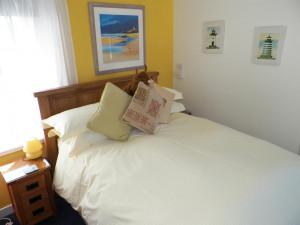 Iona Bedroom Seaview Isle of Mull
