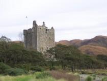 Moy Castle Loch Buie Isle of Mull