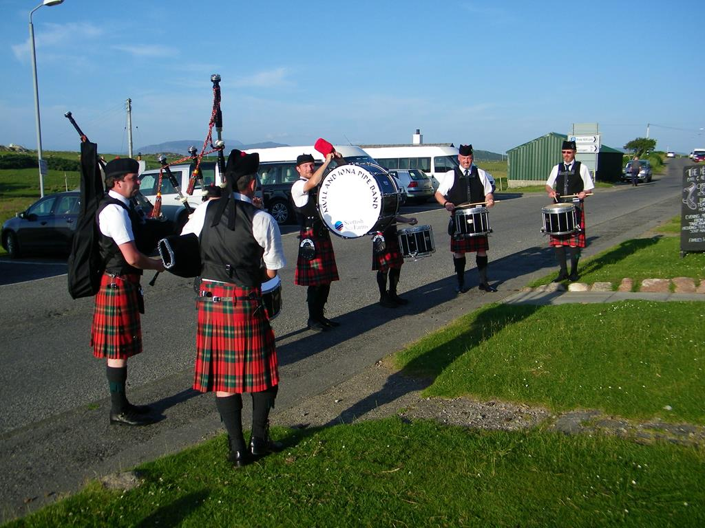 Isle of Mull and Iona Pipe Band