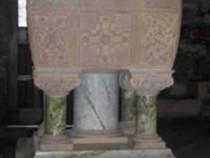 Iona Abbey iona marble font