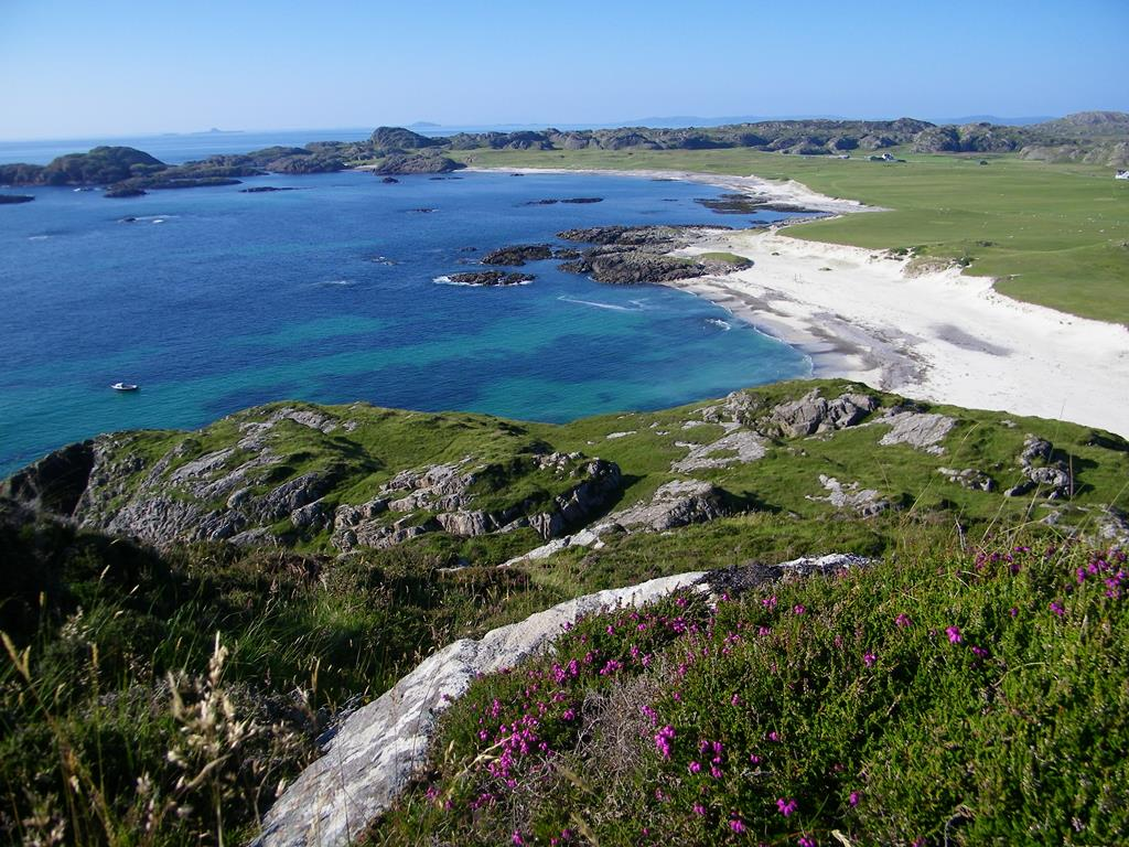 Bay at the Back of the Ocean,Isle of Iona