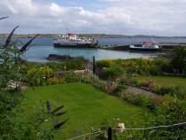 Iona Pier Cal Mac Loch Buie