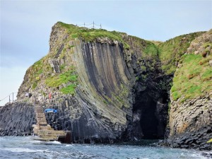 Clam Shell Cave, Staffa, boat-trips-and-tours,