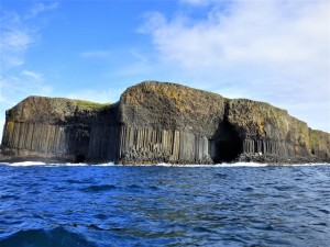 Staffa, Fingal's Cave, boat-trips-and-tours
