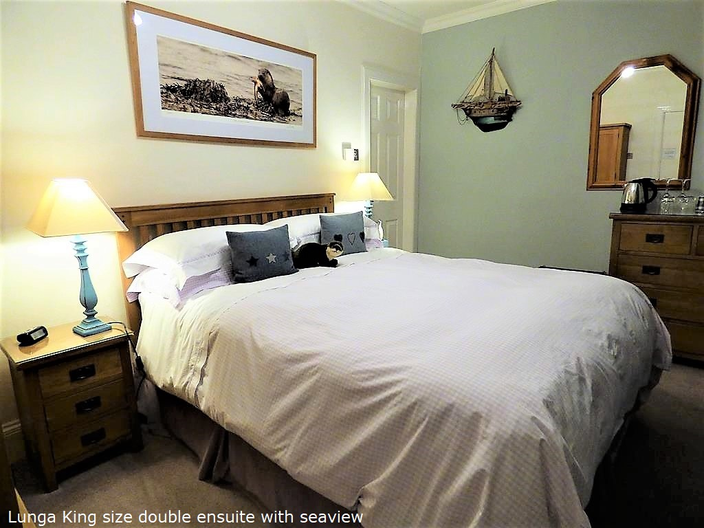 bed and breakfast, king size double ensuite, seaview